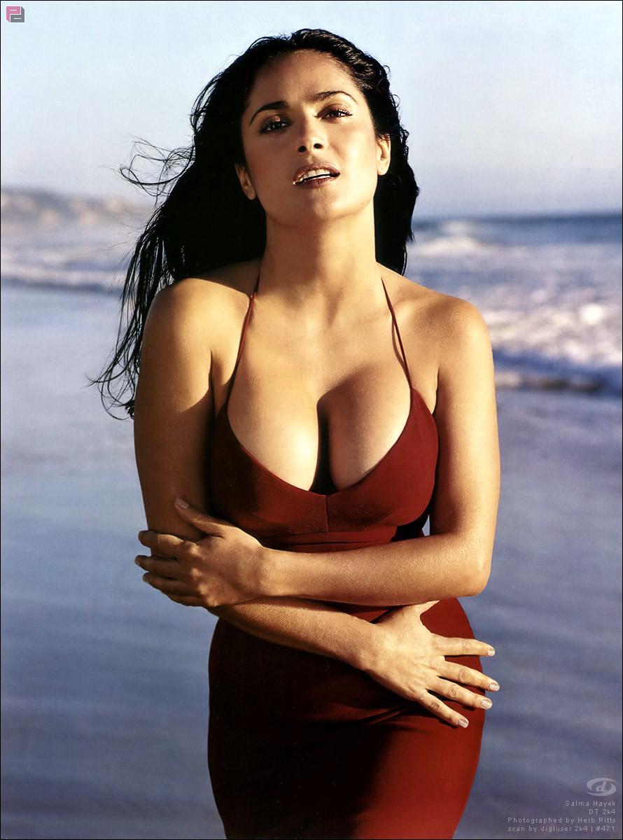 Фото © Herb Ritts / В 2002 году Сальма Хайек всё ещё считалась одним из главных секс-символов Голливуда