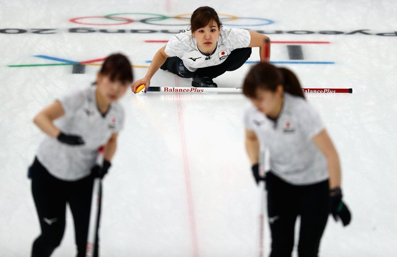 Японские кёрлингистки обыграли Великобританию (5:3) и стали бронзовыми призёрами Олимпиады. Фото: twitter.com/@olympics