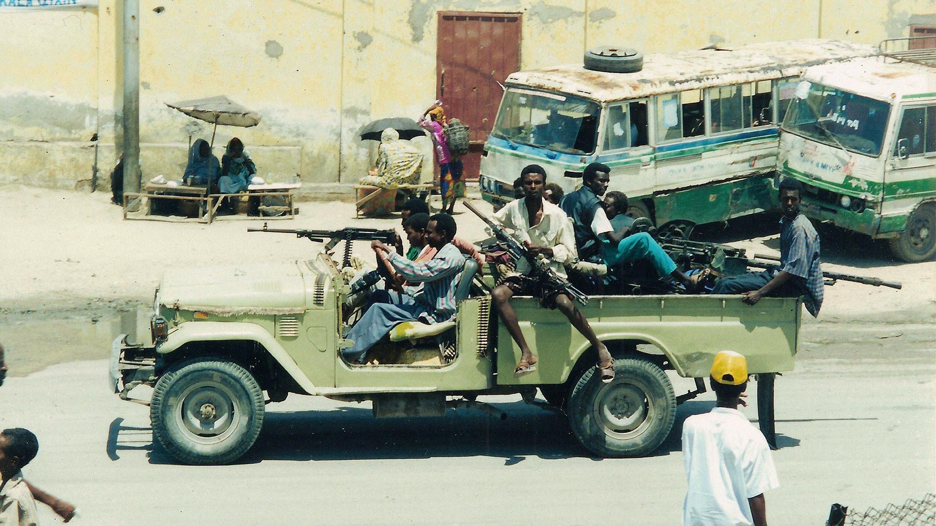 """Побоище в Могадишо. Как американцев в """"голубых касках"""" расстреливали в Сомали"""