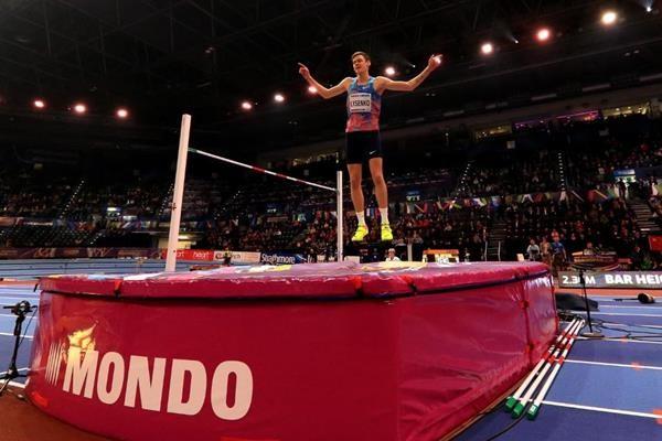Данил Лысенко после победы на чемпионате мира 2018 года. Фото: © IAAF