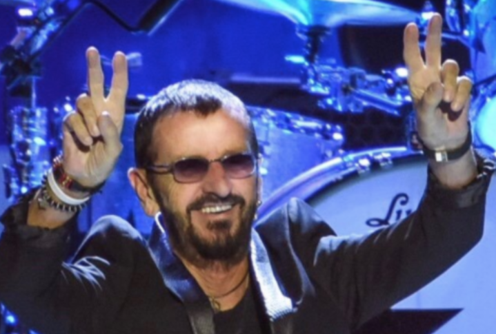 "<p><span>Фото:&copy; Twitter/</span><a href=""https://twitter.com/ringostarrmusic"" data-user-id=""27758112""><strong data-aria-label-part="""">RingoStarr</strong>&rlm;</a>&nbsp;</p>"