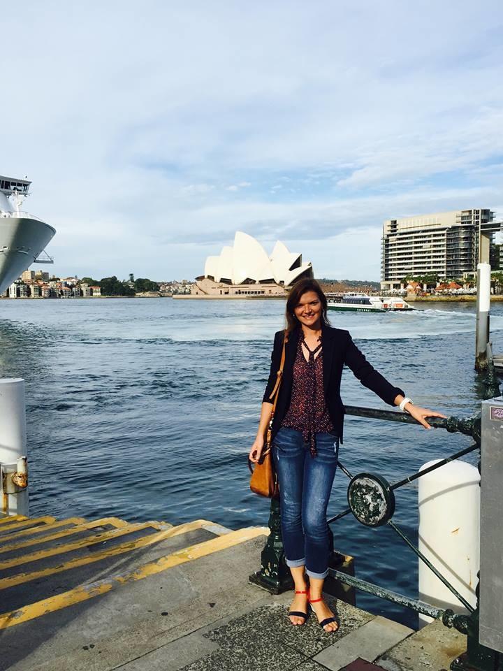 Фото: Соцсети / Старшая сестра миллиардера Юлия, по некоторым данным, представляла его дела в Швейцарии, а сейчас переехала в Австралию