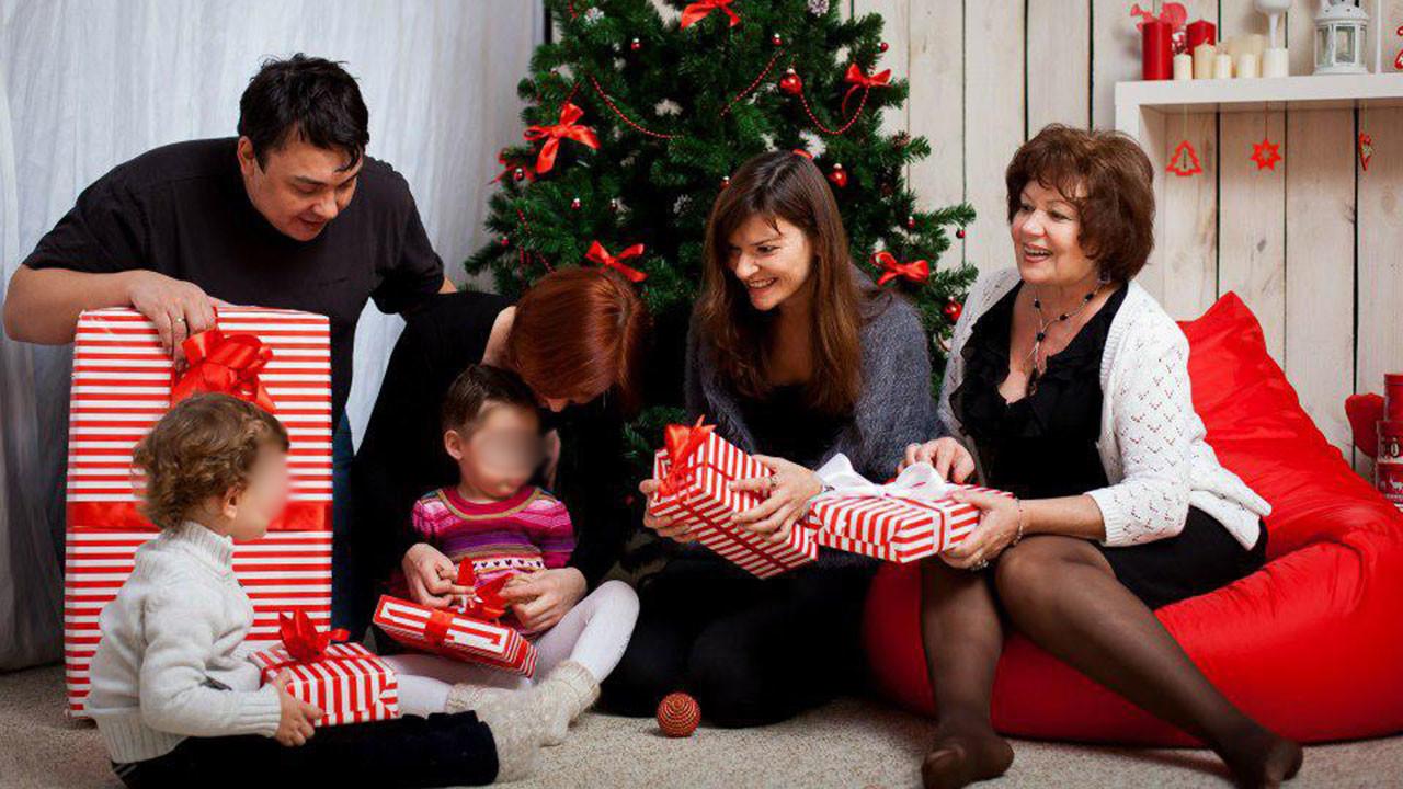 Фото: Соцсети / Штенгеловы заказали фотосессию, чтобы запечатлеть семейную идиллию