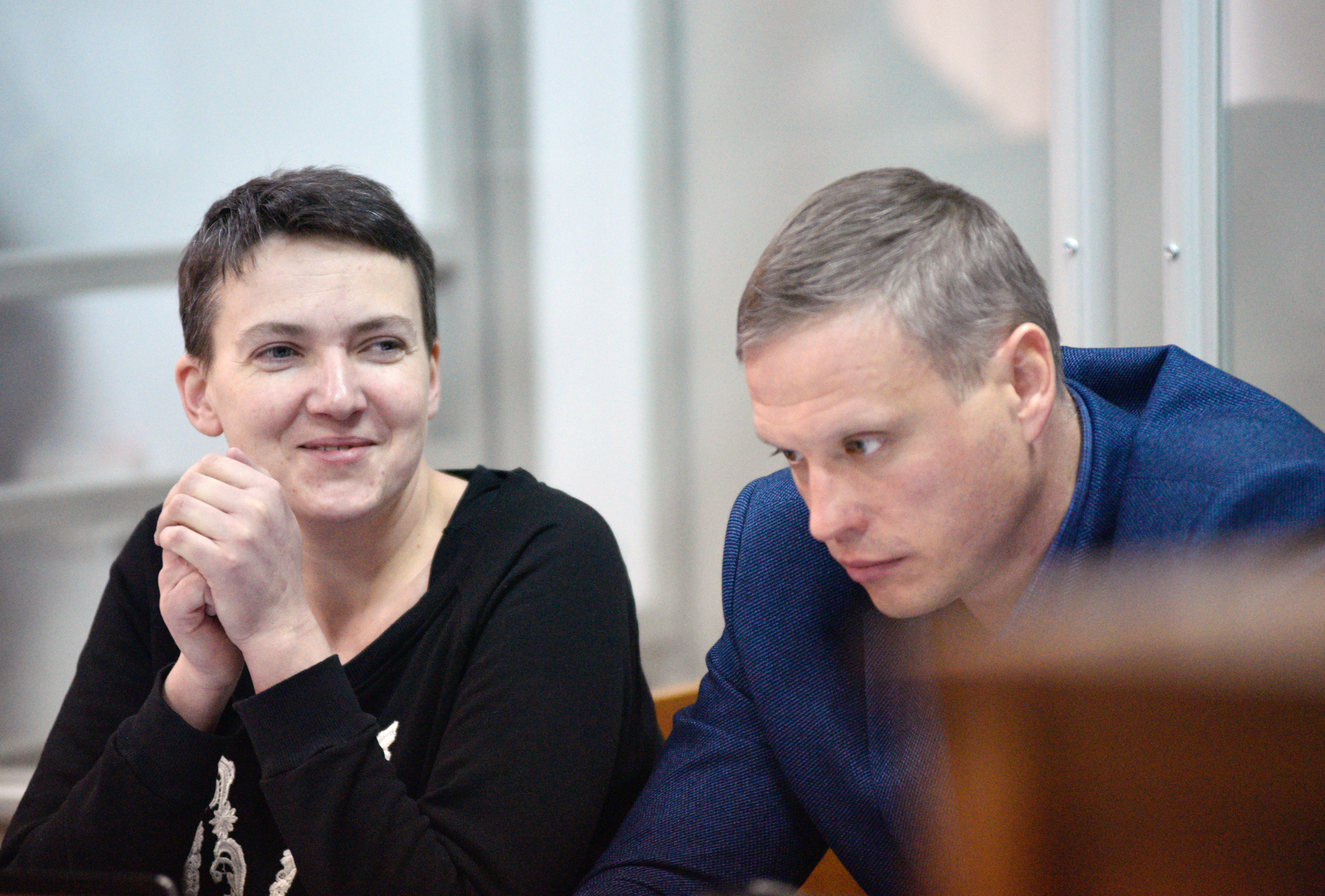 <p><span>Надежды Савченко и её адвокат Дмитрий Бугай. Фото: &copy;РИА Новости/Стрингер</span></p>