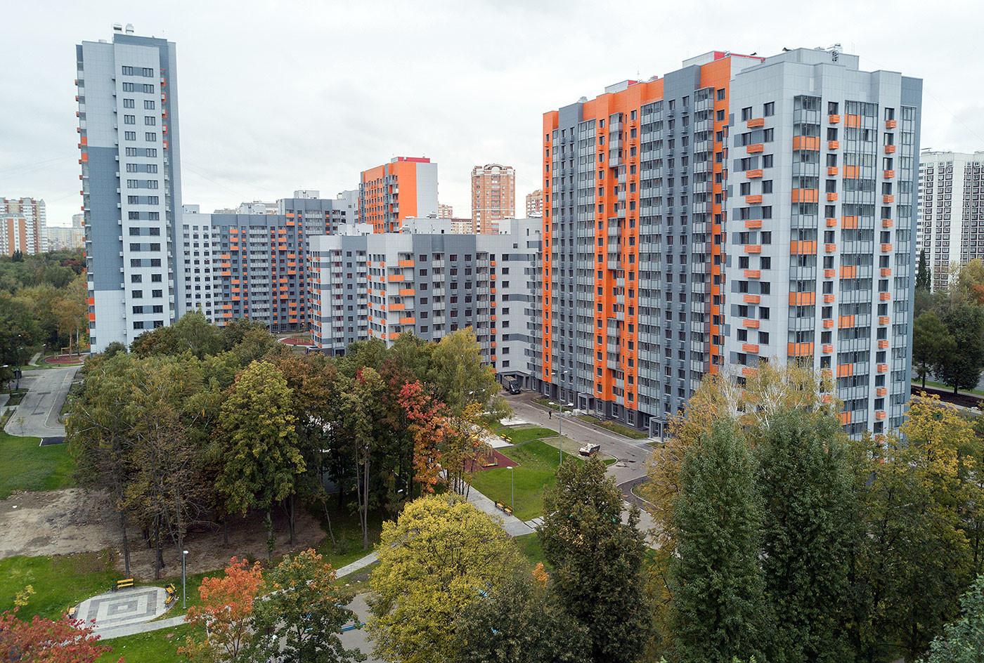 Многоэтажные жилые дома в Москве, предназначенные для переселения участников программы реновации. Фото: © РИА Новости / Максим Блинов