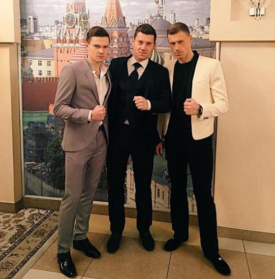 Кирилл, Николай и Павел Погребняки Фото: © instagram.com/kirill_poga