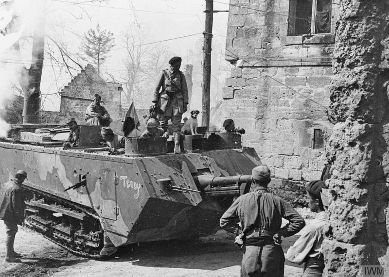 Даже танки не помогли союзникам в бойне Нивеля — они всё равно потеряли в разы больше немцев. Фото © Wikimedia Commons