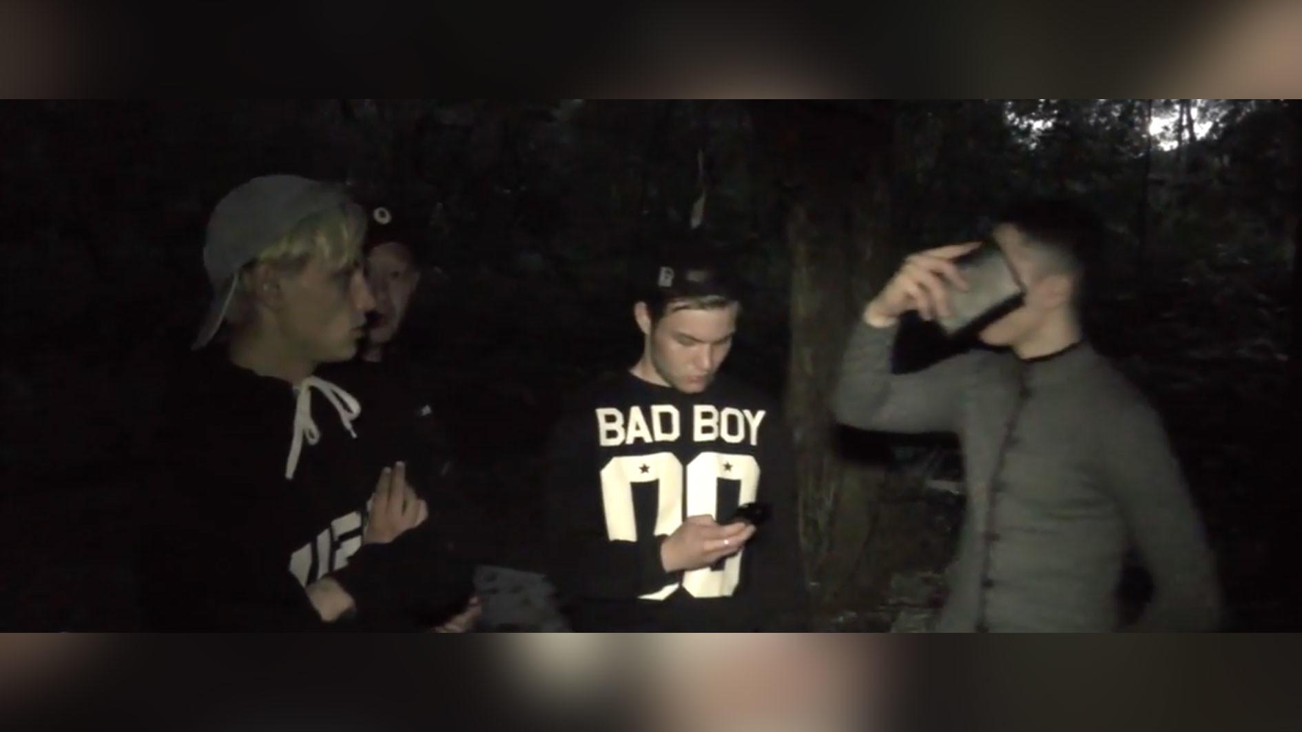 Нападавшие спортсмены. Скриншот видео © Первый городской канал в Кирове