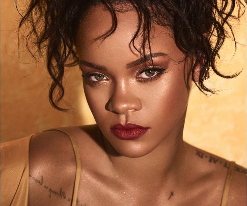 "<p>Фото &copy; Twitter/<a href=""https://twitter.com/rihanna"" data-user-id=""79293791"">Rihanna</a></p>"