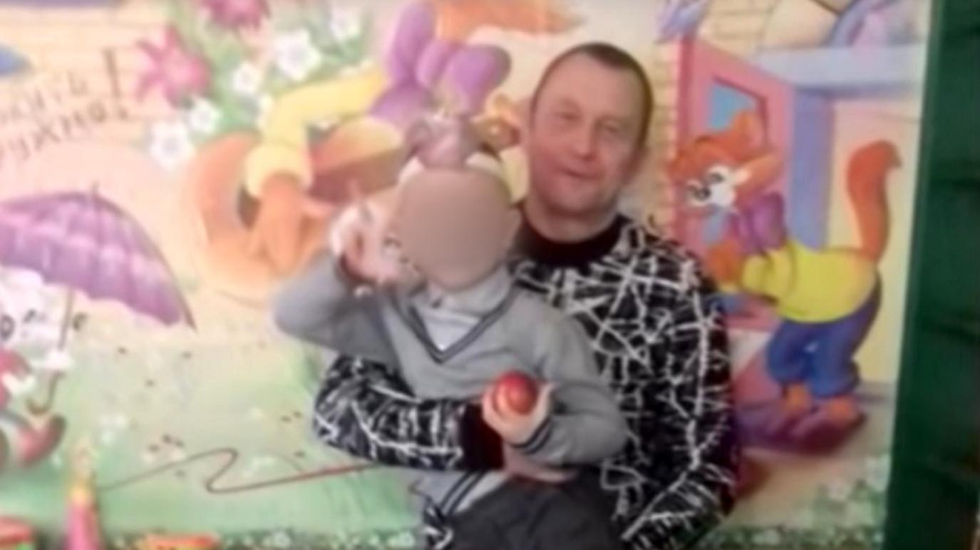 Пострадавший мужчина Вячеслав Рожков. Фото: скриншот с Youtube/ATV