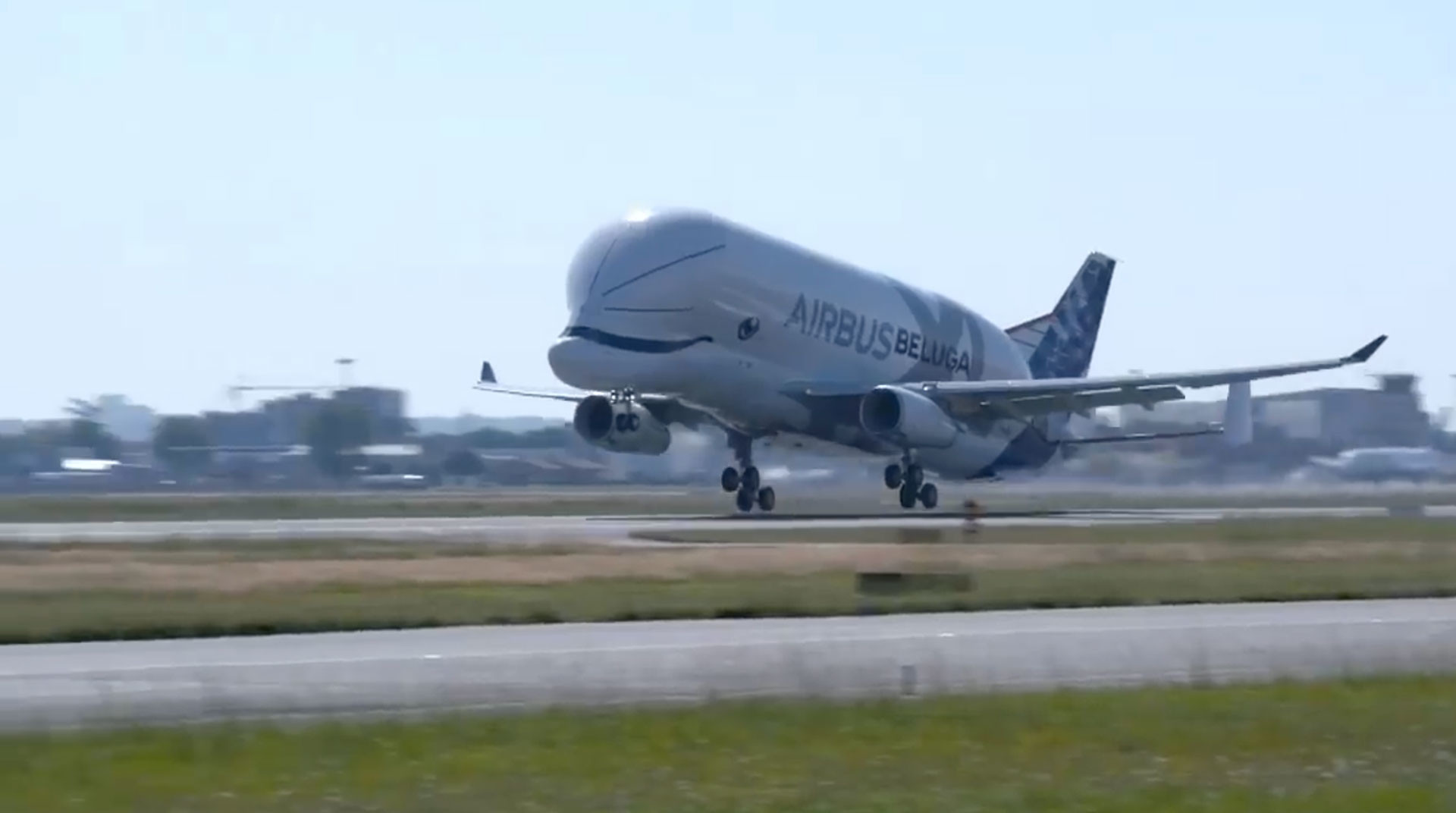 "<p>Фото: &copy; <a href=""https://www.facebook.com/airbus/videos/2255854991097439/"" target=""_blank"">facebook.com/Airbus</a></p>"