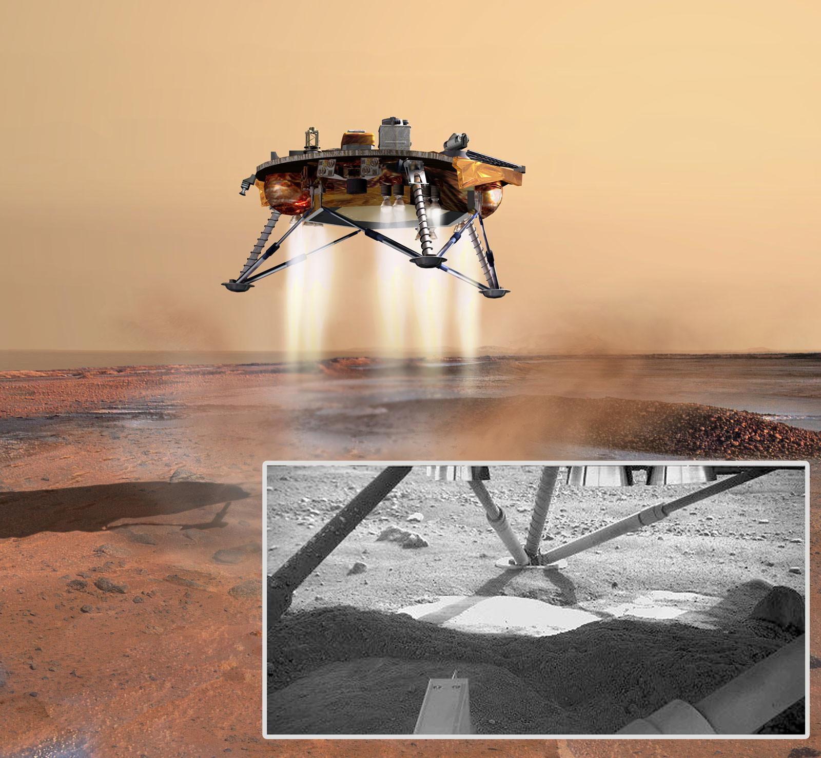 """Светлое пятно под """"ногами"""" спускаемого аппарата """"Феникс"""" — марсианский водный лёд, уцелевший даже несмотря на то, что для посадки тот использовал небольшие ракетные двигатели. Фото: © wikipedia.org"""