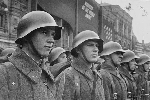 <p>Бойцы Красной армии. Фото: &copy; Библиотека Конгресса США.</p>