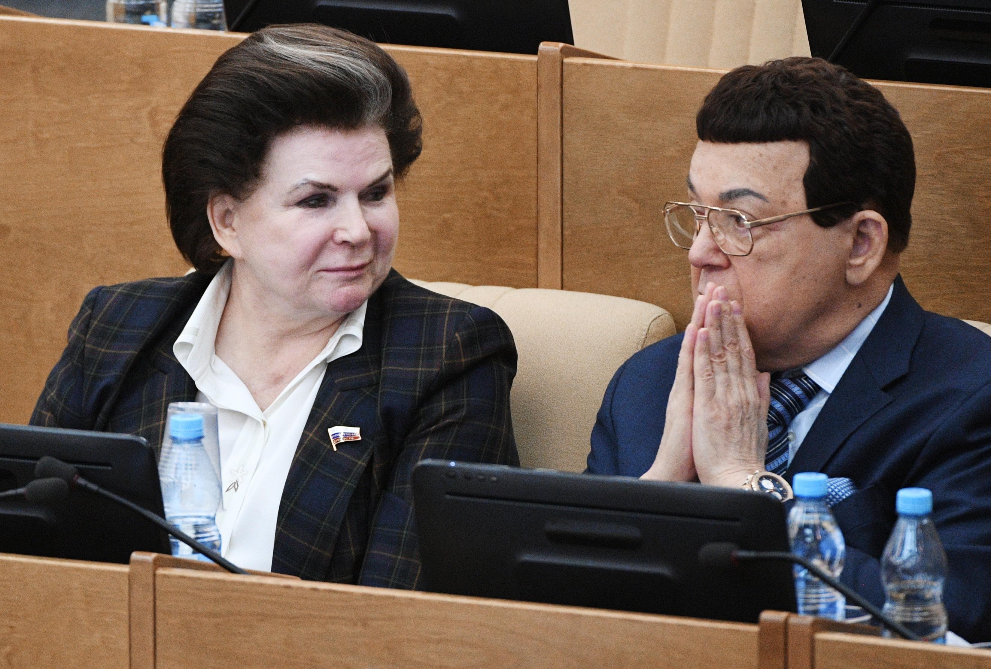 <p>Валентина Терешкова и Иосиф Кобзон. Фото: &copy; РИА Новости/Владимир Федоренко</p>