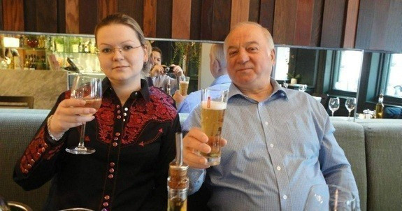 <p><span>Сергей Скрипаль и его дочь Юлия. Фото: globallookpress.com</span></p>