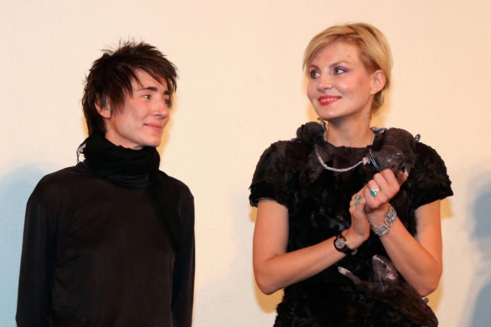 <p>Земфира и Рената Литвинова. Фото: &copy; РИА Новости/Екатерина Чеснокова</p> <div> <div></div> </div>