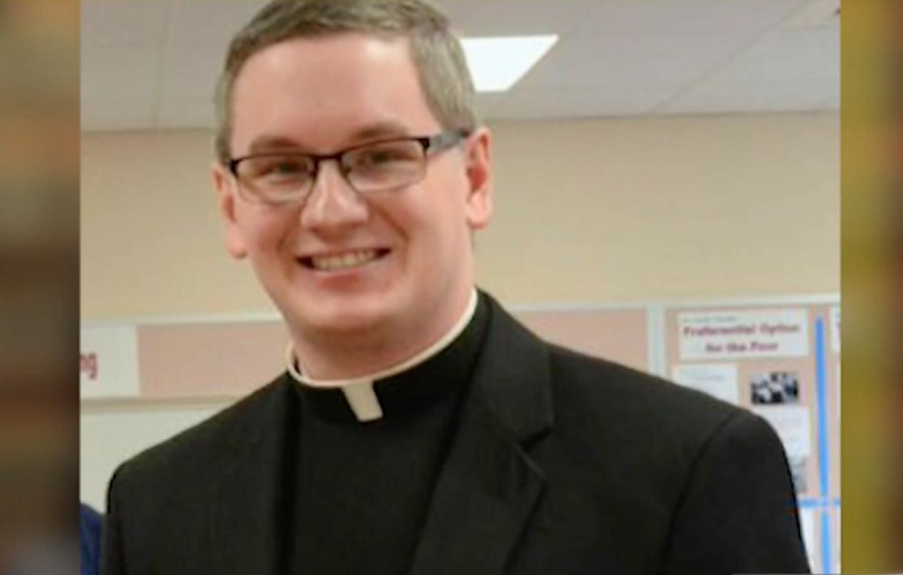 "<p>Фото: &copy; <a href=""https://www.nbcphiladelphia.com/news/local/Allentown-Priest-Accused-of-Groping-Sending-Nude-Pics-to-Teen-Girl-491386911.html"">nbcphiladelphia.com</a></p>"