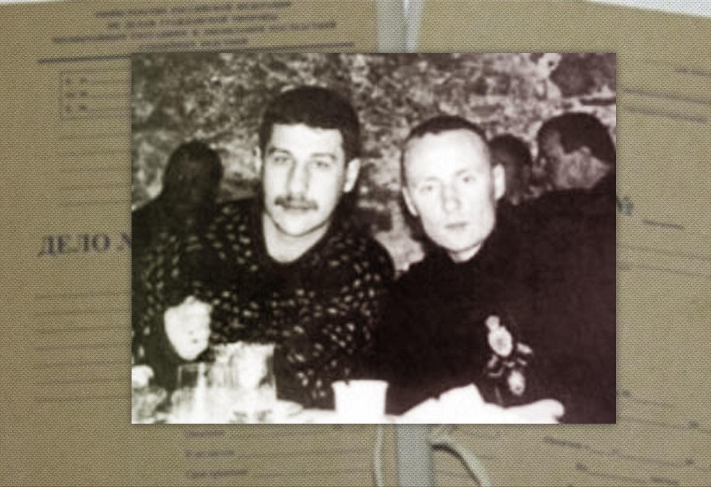 Казначей группировки Парамон и Константин Беркут (справа). Фото: © КРИМИНАЛЬНЫЕ АВТОРИТЕТЫ ВОРЫ В ЗАКОНЕ