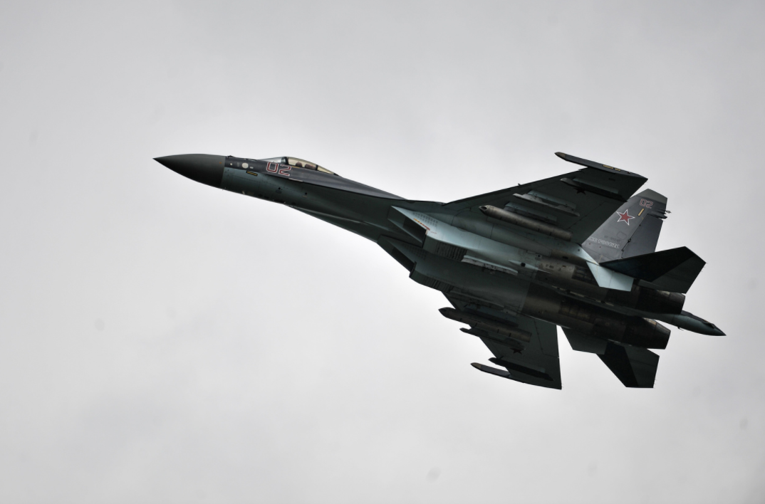 <p>Самолет Су-35. Фото: &copy; РИА Новости/Владимир Астапкович</p> <div> <div></div> </div>