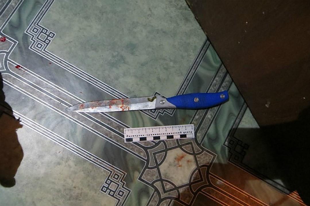Нож одного из нападавших. Фото: © L!FE