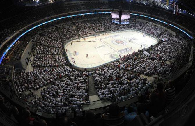 Более 17 тысяч зрителей на финале Кубка Гагарина в Праге. Фото: © КХЛ/Юрий Кузьмин