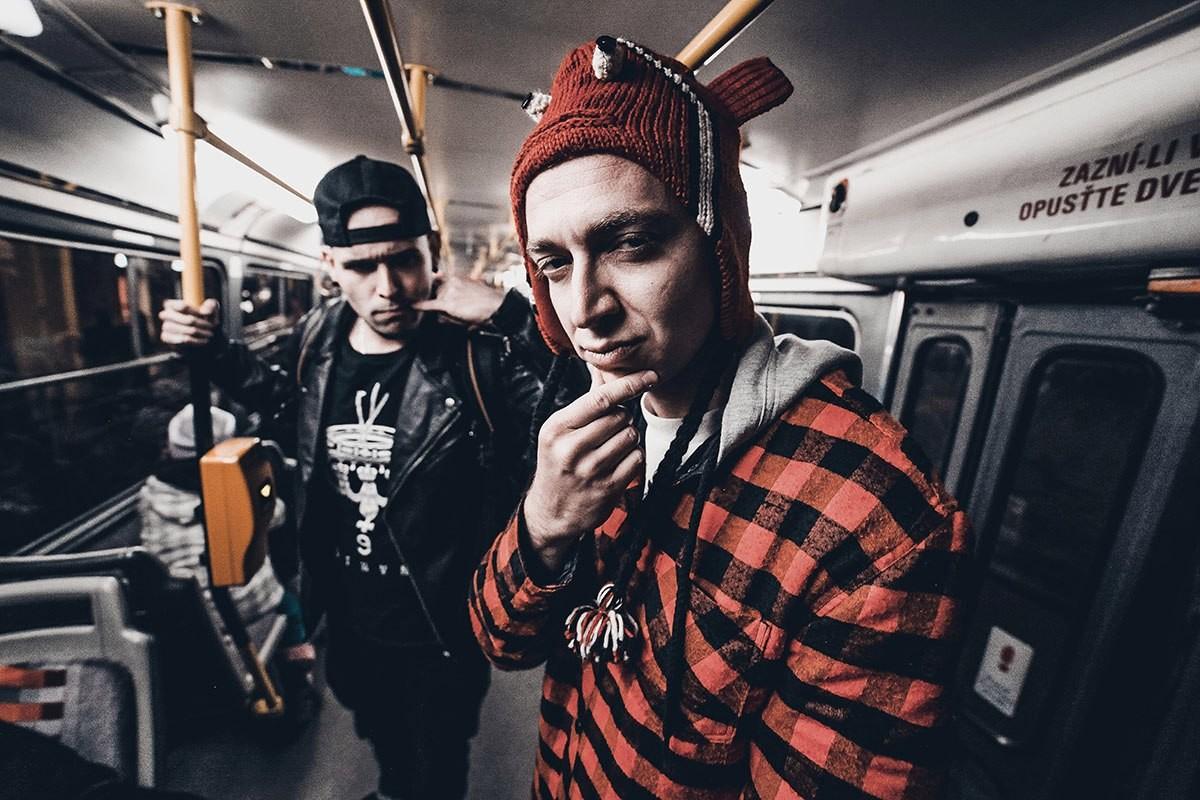 Рэпер Оксимирон и битмейкер Порчи. Фото: © vk.com/norimyxxxo
