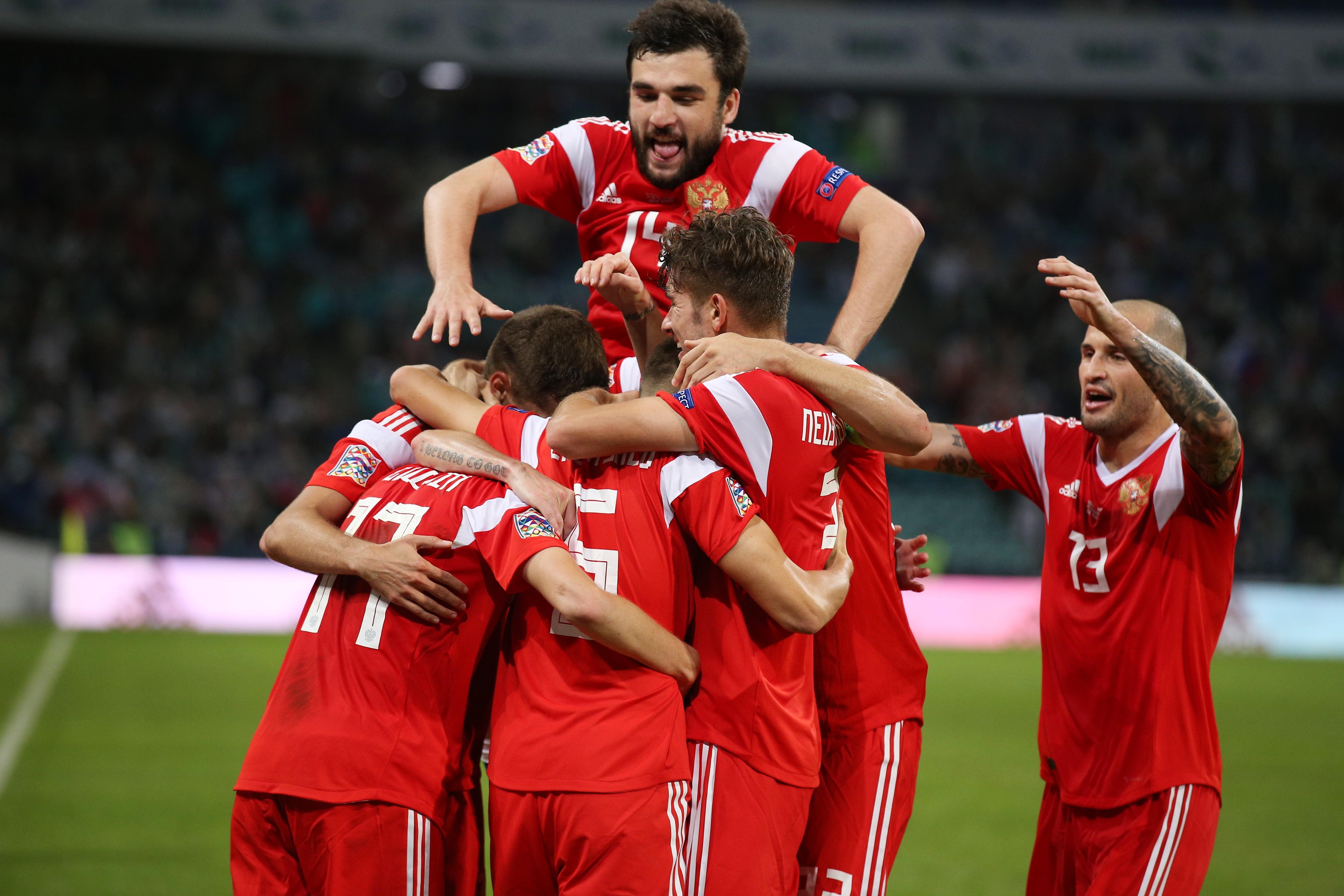 Сборная России празднует второй гол в матче. Фото: © РИА Новости / Виталий Тимкив