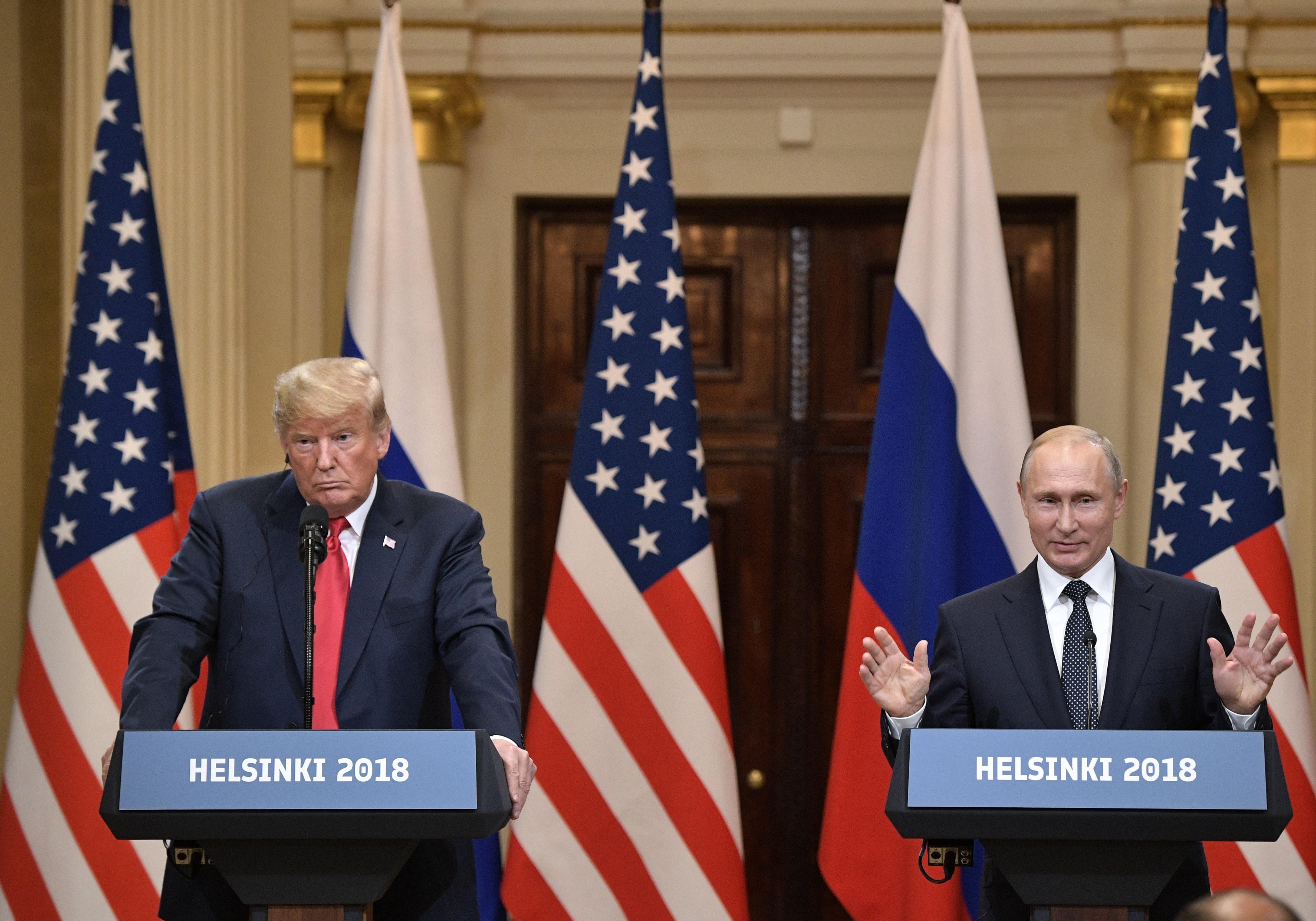 <p>Дональд Трамп (слева) и Владимр Путин.&nbsp;Фото: &copy; РИА Новости / Алексей Никольский</p>