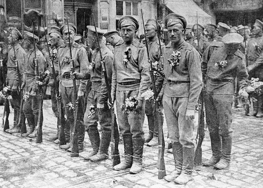 "<p><span>Русские солдаты во Франции, 1916 год.</span>&nbsp;Фото: &copy; РИА ""Новости""/Павел Балабанов</p>"