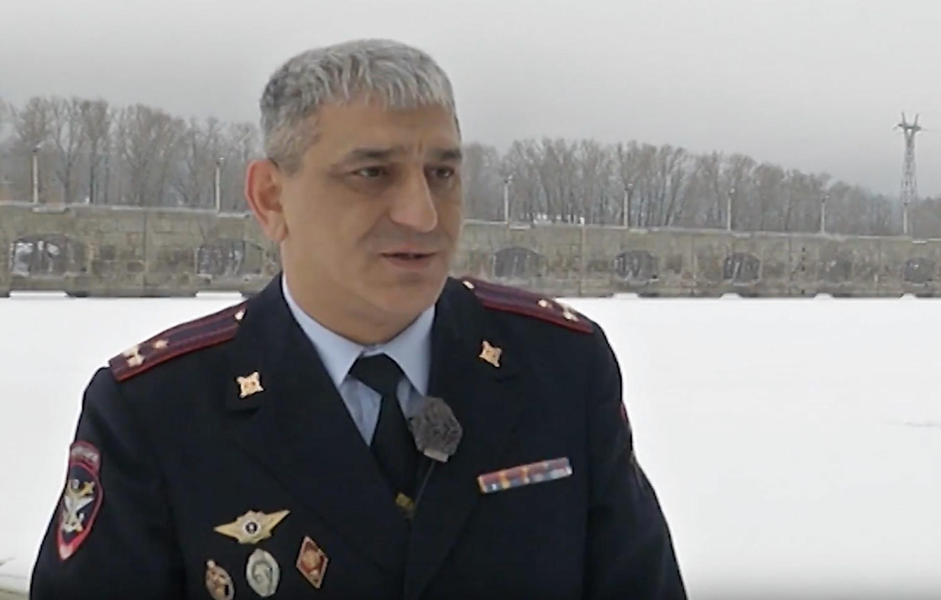 Скриншот видео: YouTube / МВД России