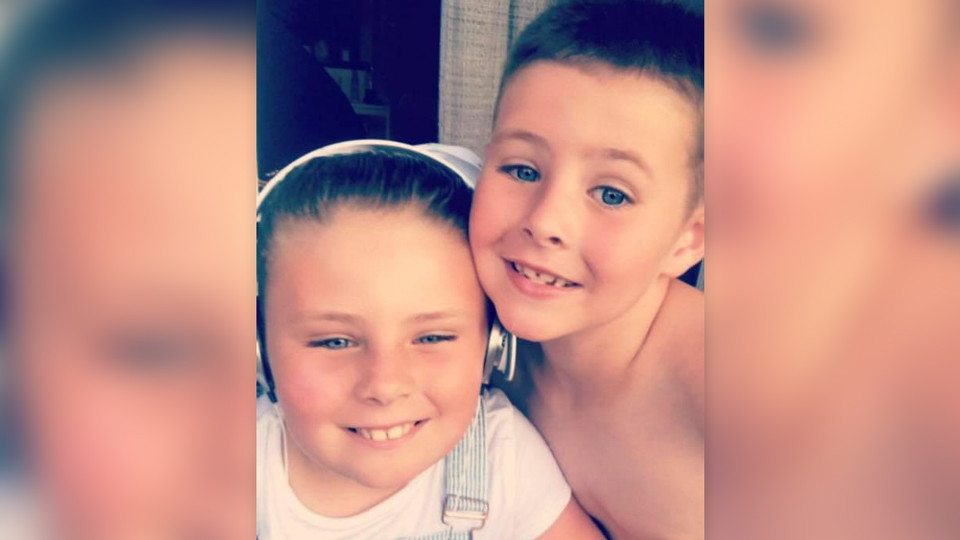 Джейс с сестрой. Фото: соцсети