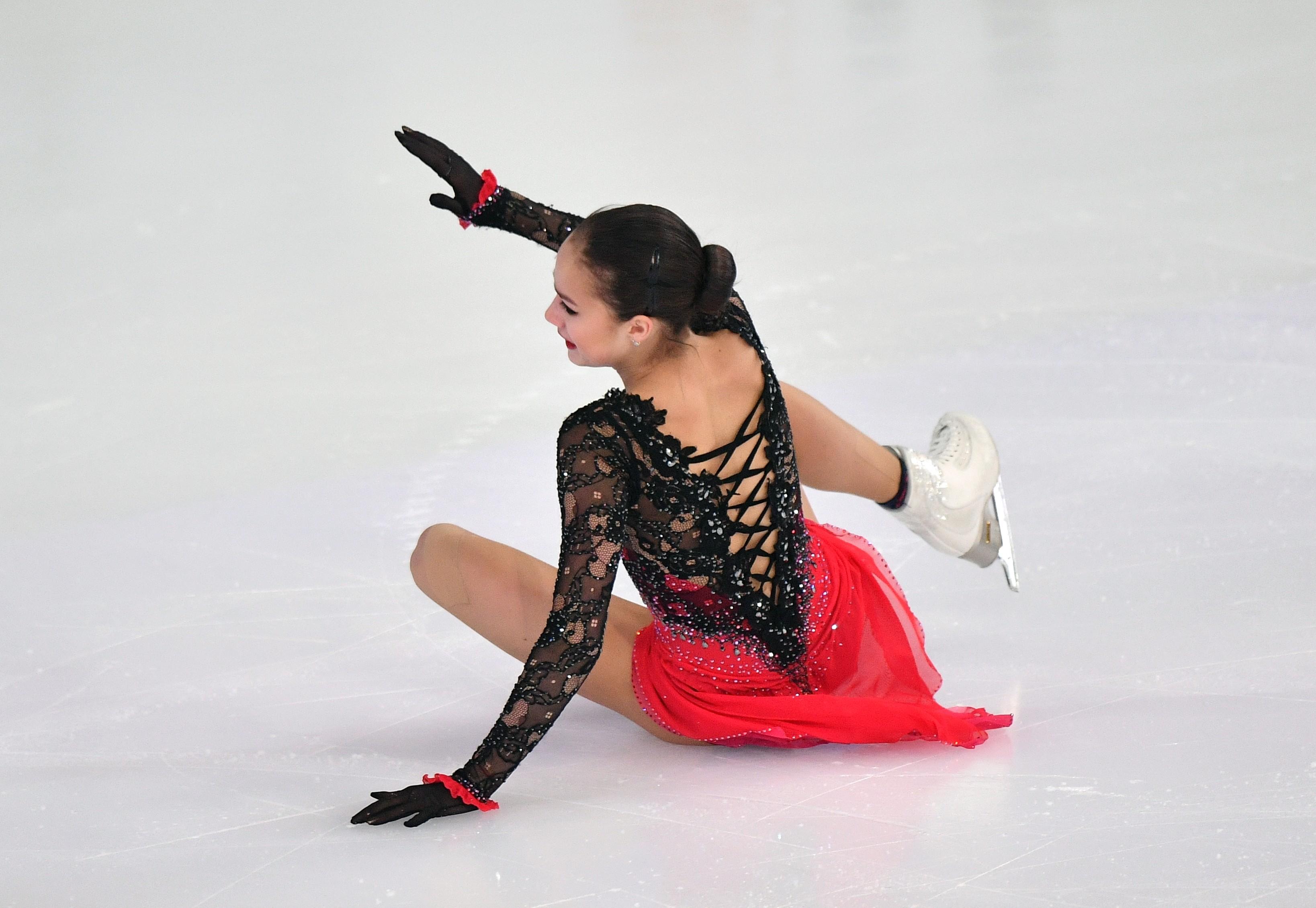 Падение Алины Загитовой отбросило её аж на двенадцатое место во второй день соревнований. Фото: © РИА Новости/Владимир Песня