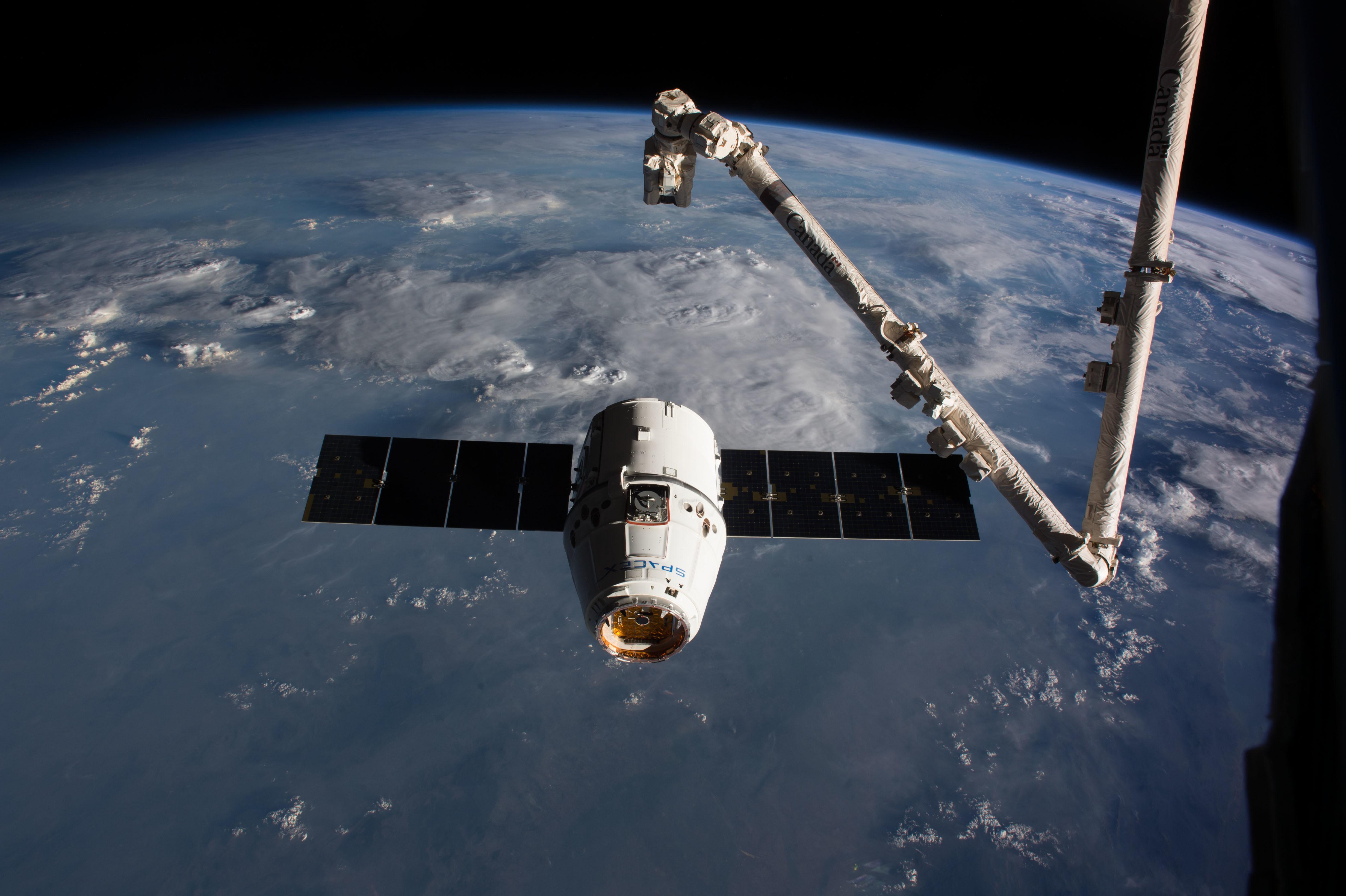 "<p>Фото &copy; Flickr/<a href=""https://www.flickr.com/photos/nasa2explore/32269420513/"" target=""_blank"">NASA Johnson</a></p> <div> <div></div> </div>"