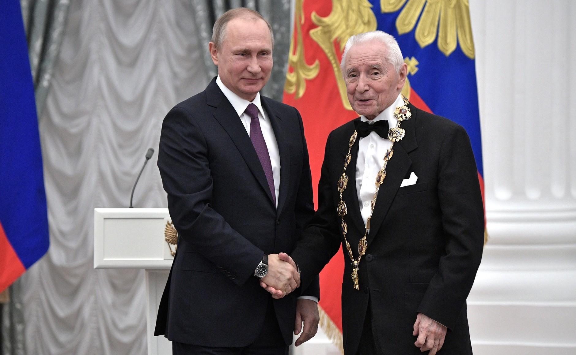 <p>Владимир Путин и&nbsp;<span>Юрий Григорович. Фото:&nbsp;Kremlin.ru</span></p>