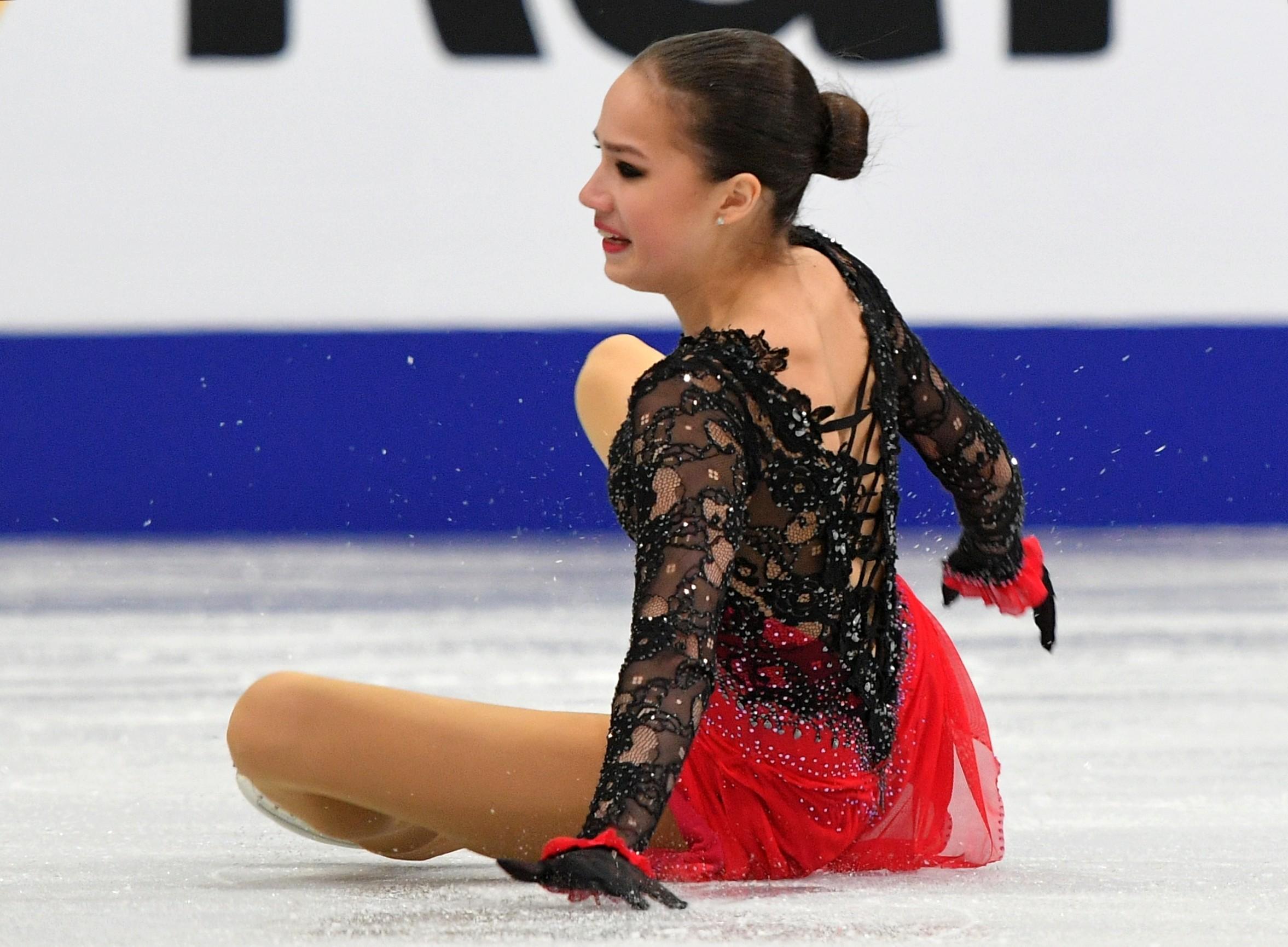 Алина Загитова не смогла выиграть ЧЕ второй раз подряд. Фото: © РИА Новости / Владимир Песня