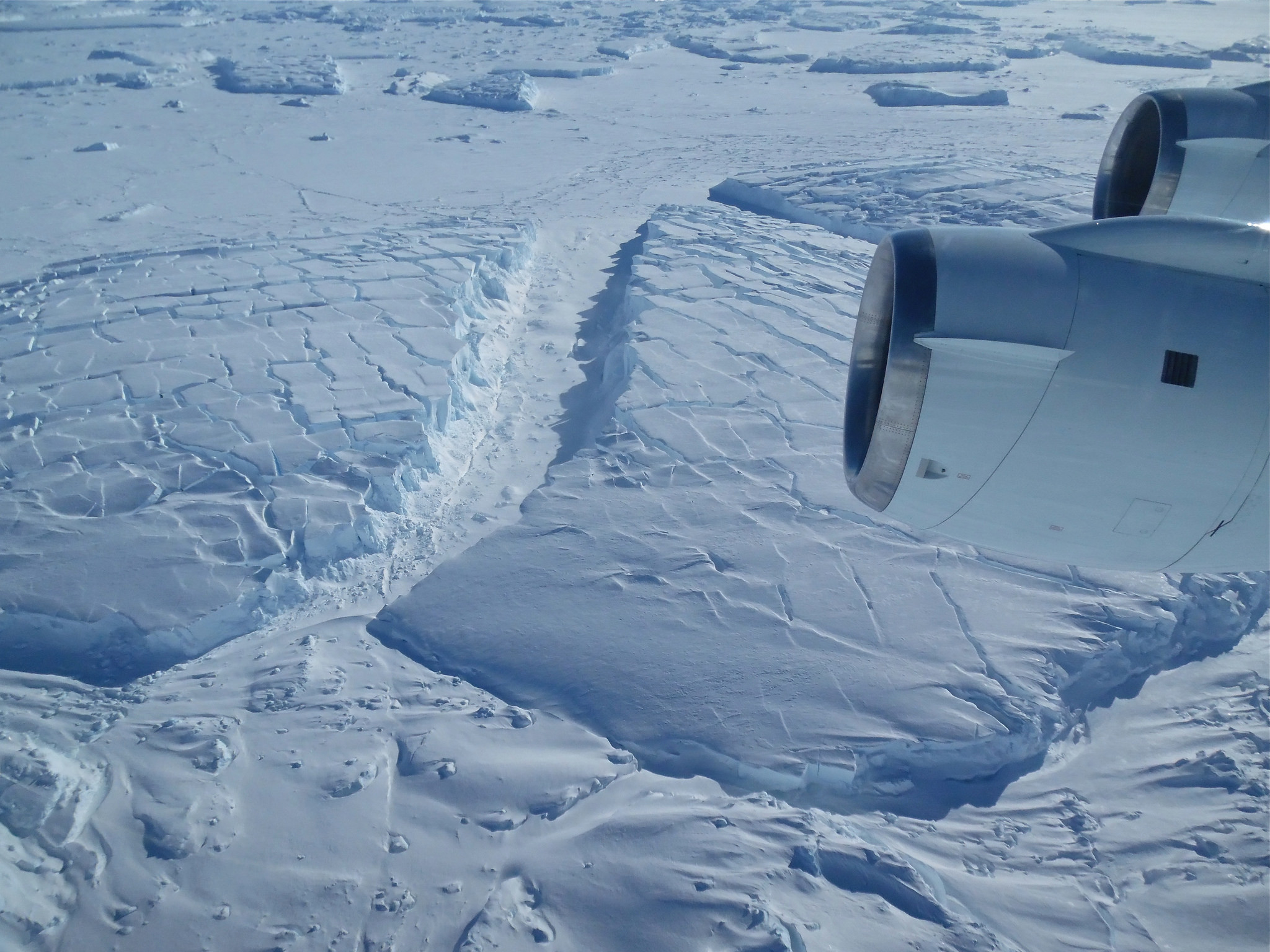 "<p>Фото &copy; Flickr/<a href=""https://www.flickr.com/photos/nasa_ice/"" title=""Go to NASA ICE's photostream"" data-track=""attributionNameClick"">NASA ICE</a></p>"
