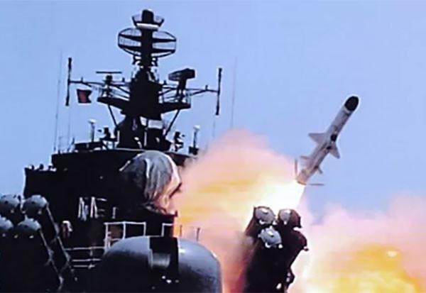 "<p>Фото: &copy;&nbsp;<a href=""https://militaryarms.ru/boepripasy/rakety/kompleks-kalibr-nk/"" target=""_blank"">militaryarms.ru</a></p>"