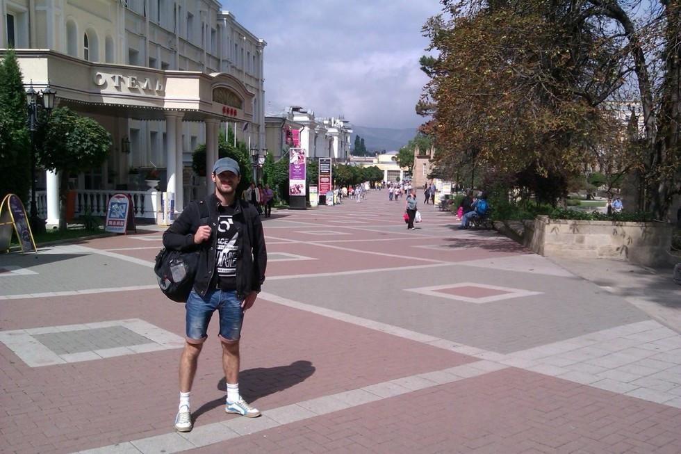 <p><span>Артист цирка Запашного Антон Мартынов, сорвавшийся с высоты. Фото: соцсети</span></p>