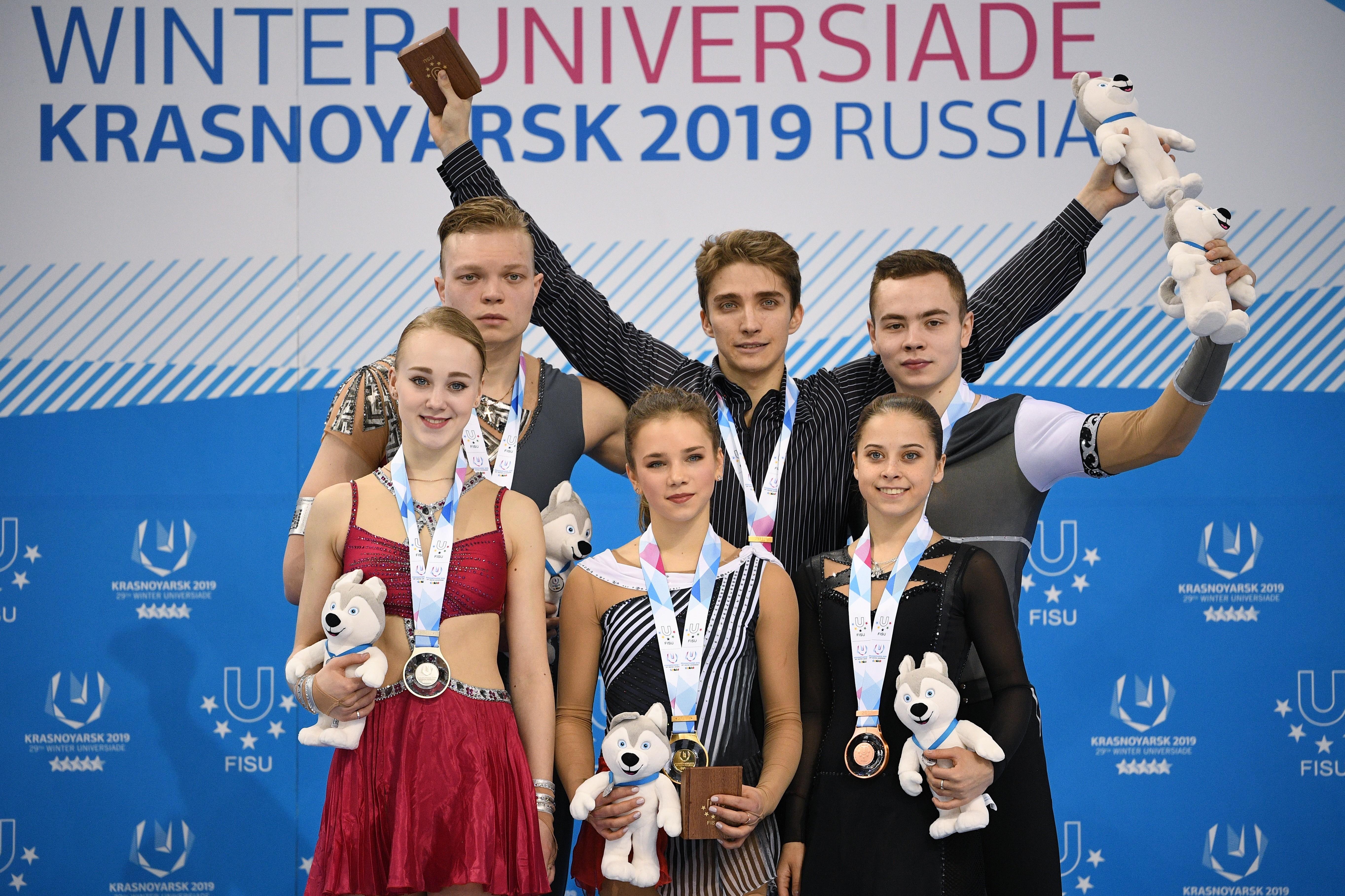 <p>Пьедестал у спортивных пар получился исключительно российским. Фото: © РИА Новости/Владимир Астапкович</p>