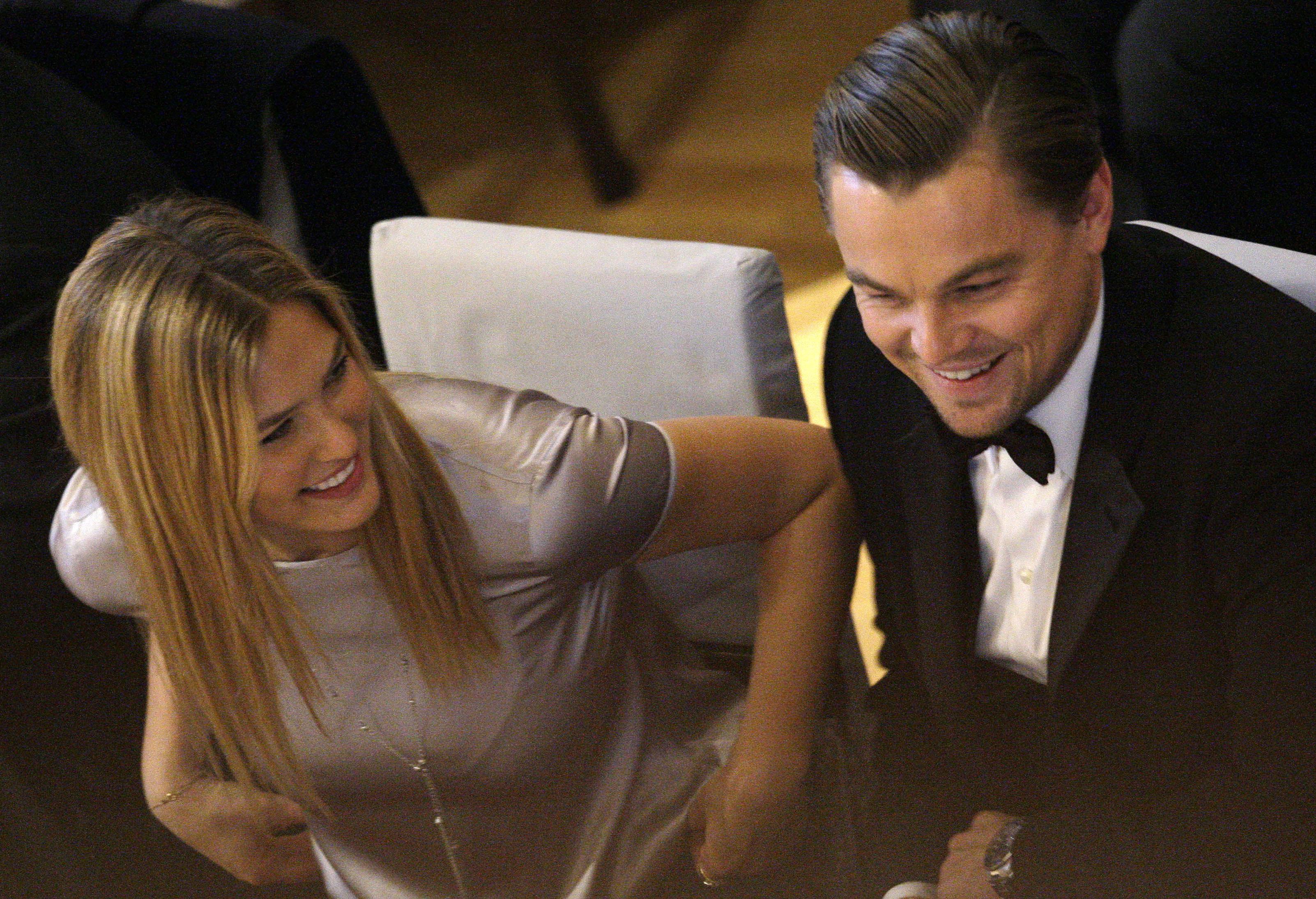 <p>Бар Рафаэли и Леонардо Ди Каприо. Фото: © AP Photo/Joel Ryan</p>