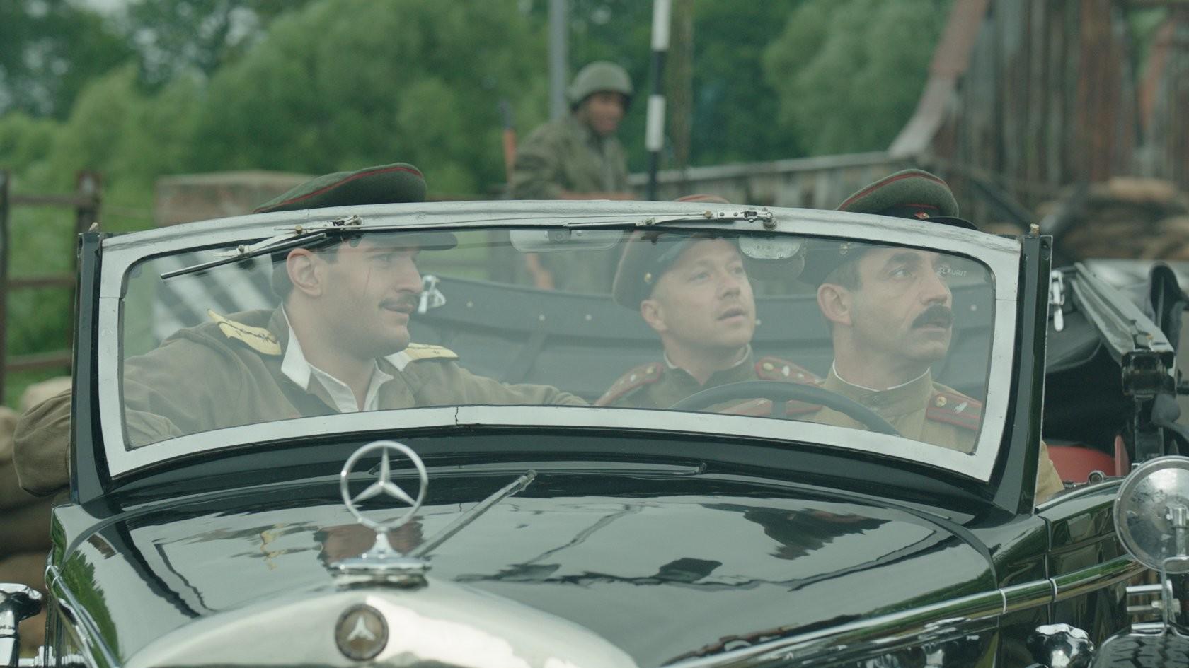 """<p>Кадр фильма """"На Париж!""""  / © Кинопоиск</p>"""
