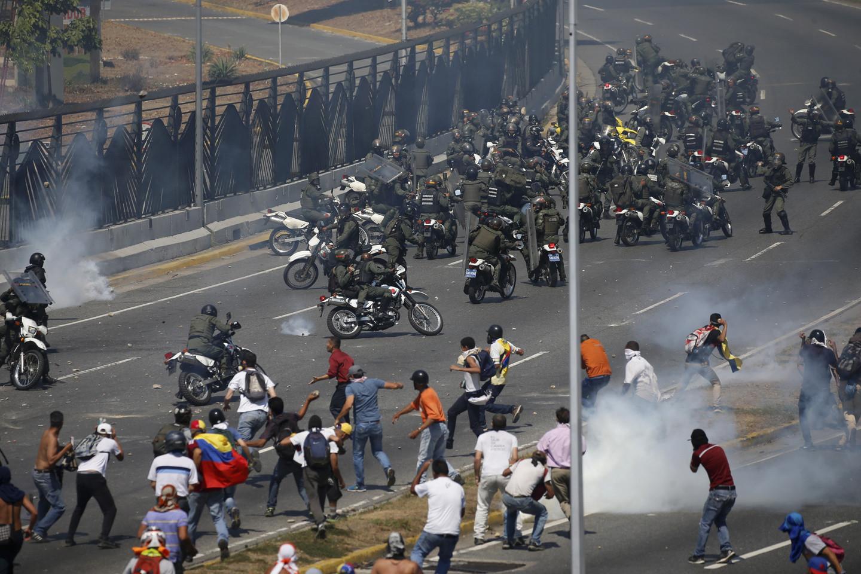 <p>Протесты в Венесуэле. Фото: © AP Photos / Fernando Llano</p>