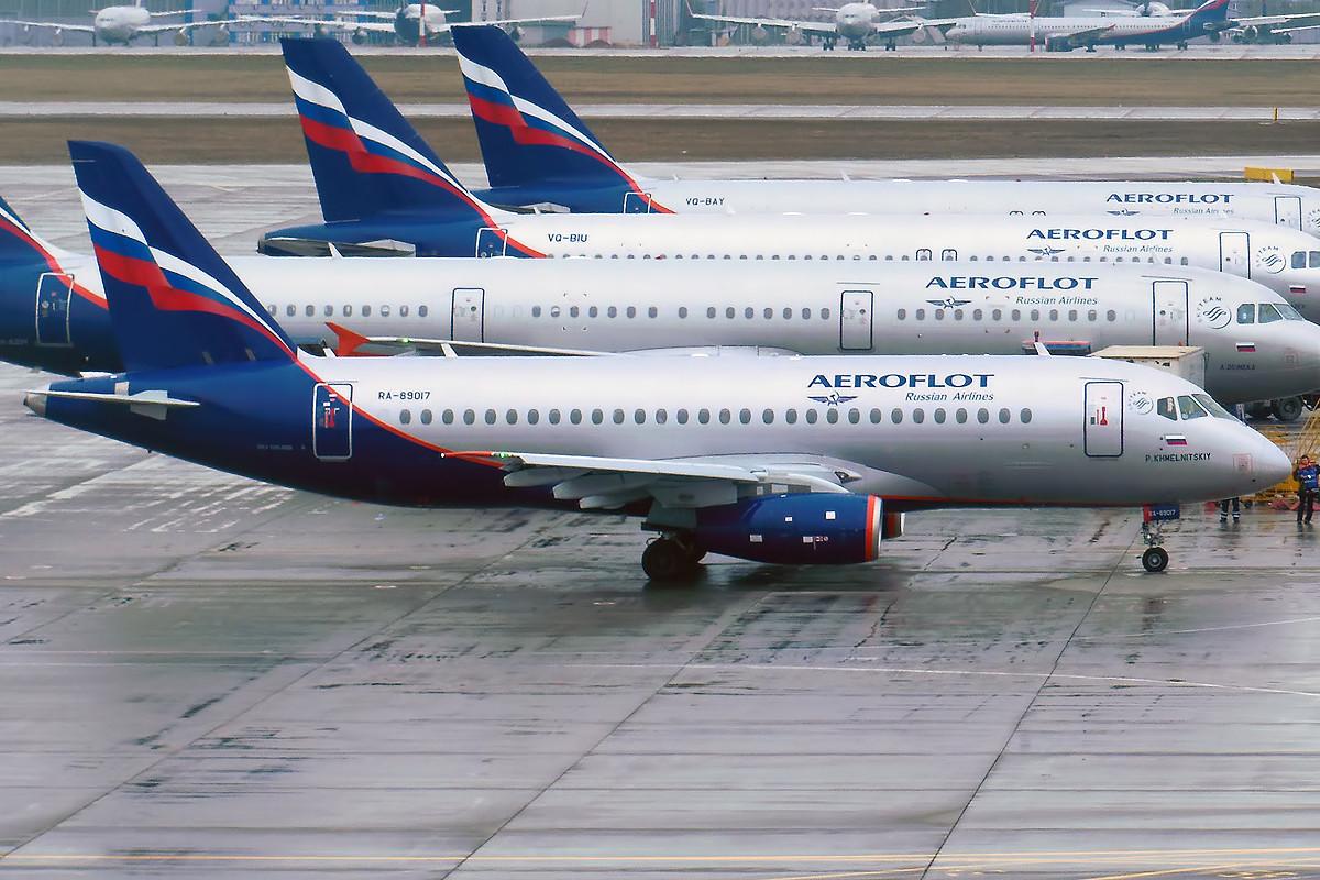 "<p>Фото: ©<a href=""https://commons.wikimedia.org/wiki/File:Aeroflot,_RA-89017,_Sukhoi_Superjet_100-95B_(15836072893).jpg"" target=""_self"">Wikimedia Commons</a></p>"