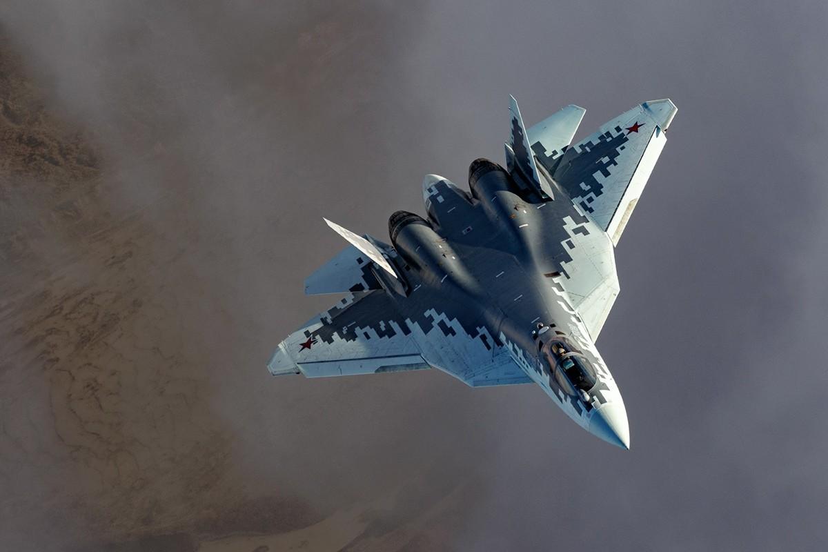 """<p>Истребитель Су-57. Фото © <a href=""""https://vk.com/mil"""" target=""""_self"""">Минобороны России</a></p>"""