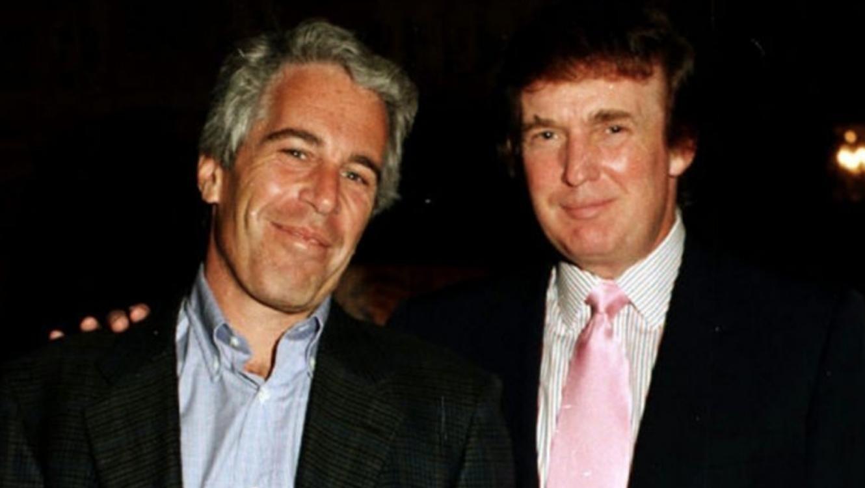 "<p>Джеффри Эпштейн (слева) и Дональд Трамп. Фото © Twitter/<a href=""https://twitter.com/thor_benson"" target=""_self"">Thor Benson</a></p>"