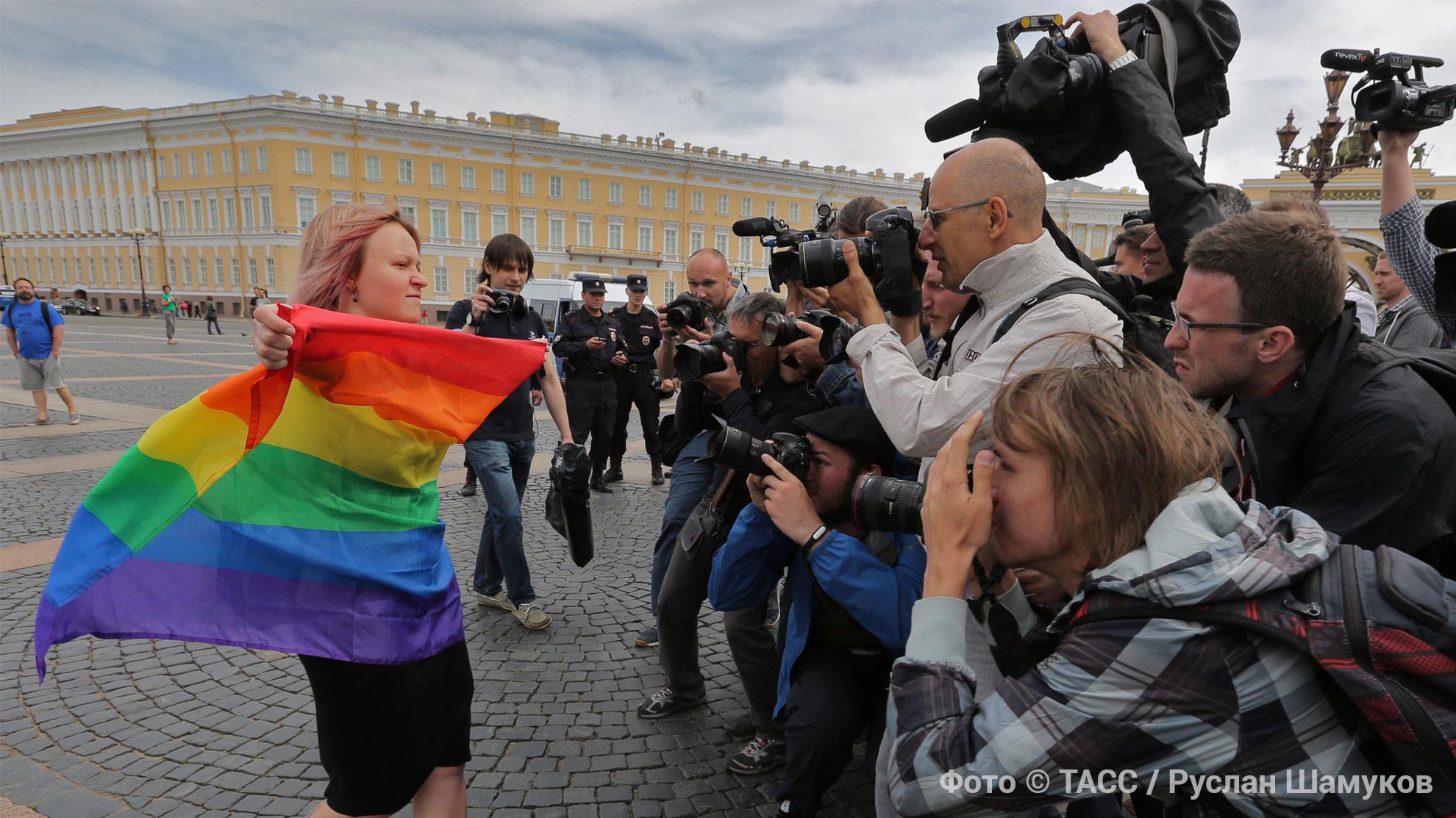 <p>Коллаж © ТАСС / Руслан Шамуков</p>