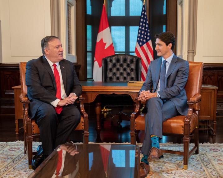 "<p>Госсекретарь США Майк Помпео и премьер-министр Канады Джастин Трюдо. Фото © Twitter/<a href=""https://twitter.com/SecPompeo"" target=""_self""><strong>Secretary Pompeo</strong></a></p>"