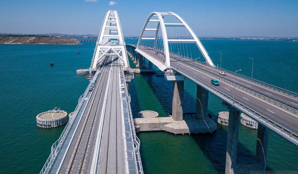 "<p>Фото © <a href=""https://www.most.life/multimedia/foto/"" target=""_self"">Инфоцентр ""Крымский мост""</a></p>"