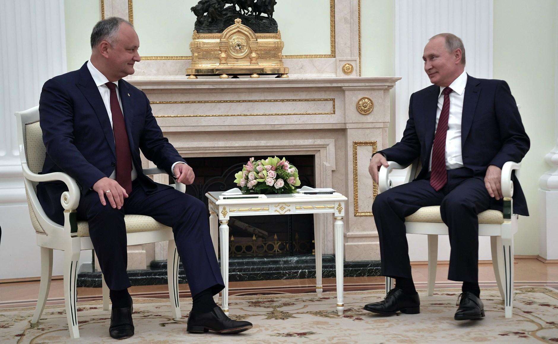 <p>Президент РФ Владимир Путин и президент Молдавии Игорь Додон. Фото © Kremlin</p>
