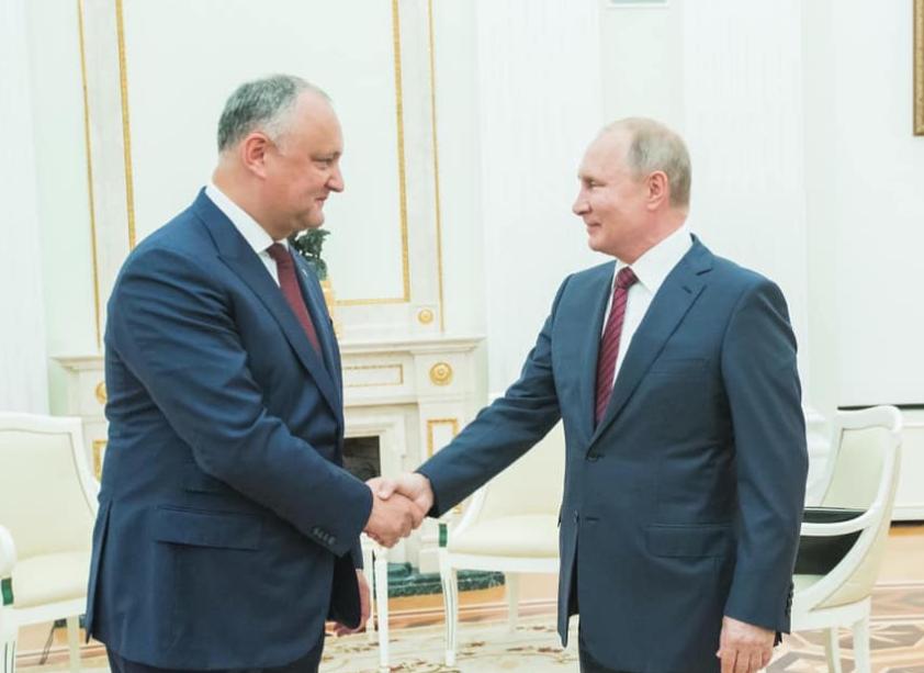 <p>Владимир Путин, Игорь Додон (слева). Фото © Пресс-служба президента Молдавии</p>